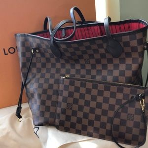 Authentic Louis Vuitton Neverfull MM with Clutch